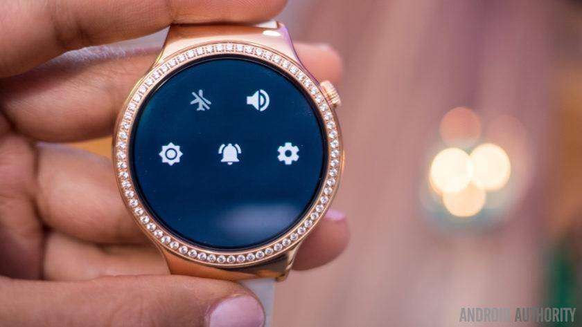 Android Wear watches aren't connecting to the iPhone 7