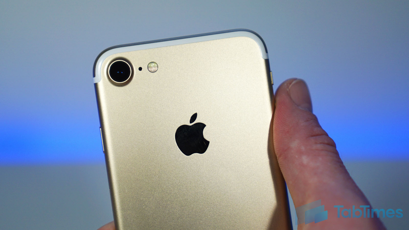 """Why Apple's A10 chip """"blows away the competition"""""""