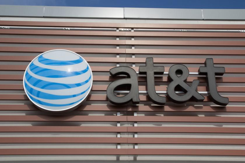 5447 AT&T and Time Warner reportedly in early takeover talks