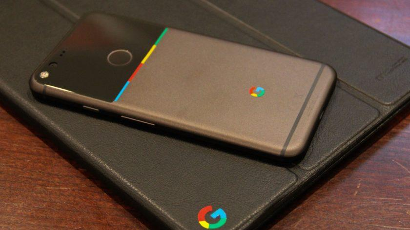 """5601 Pixel XL owners can snag """"light bar"""" stickers to add some color to Google's new phone"""