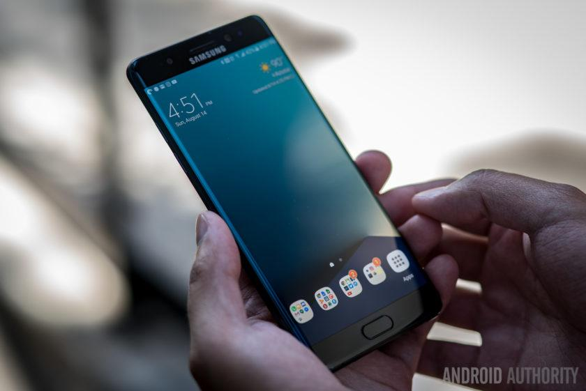 4793 Samsung permanently discontinues the Galaxy Note 7, $17 billion in sales lost