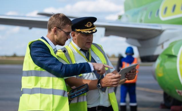 """65119 """"Газпромнефть-Аэро"""" и S7Airlines внедрили технологию блокчейн в авиазаправки"""