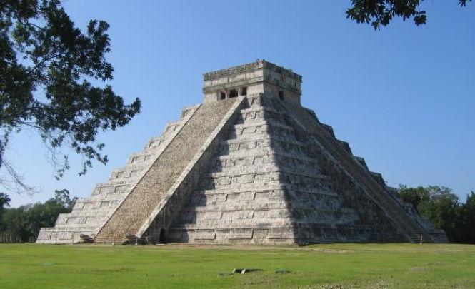117648 Странный звуковой эффект пирамиды Кукулькана