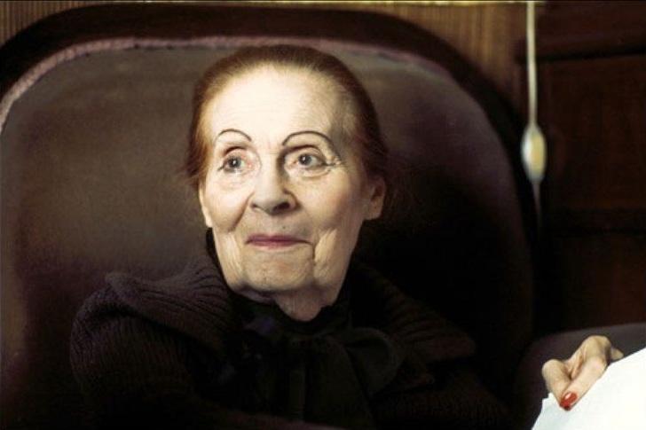 119195 Своим нарядом, Лилия Брик, с первого взгляда сводила с ума мужчин