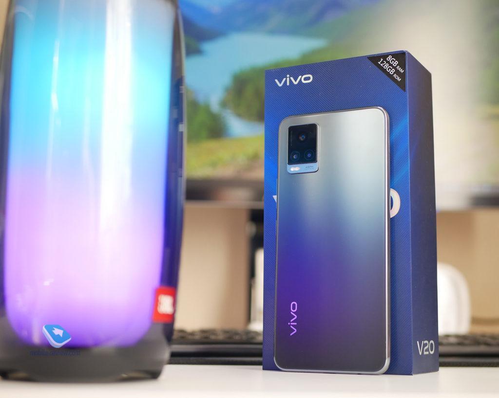 123845 Обзор Vivo V20 – новый уровень создания селфи