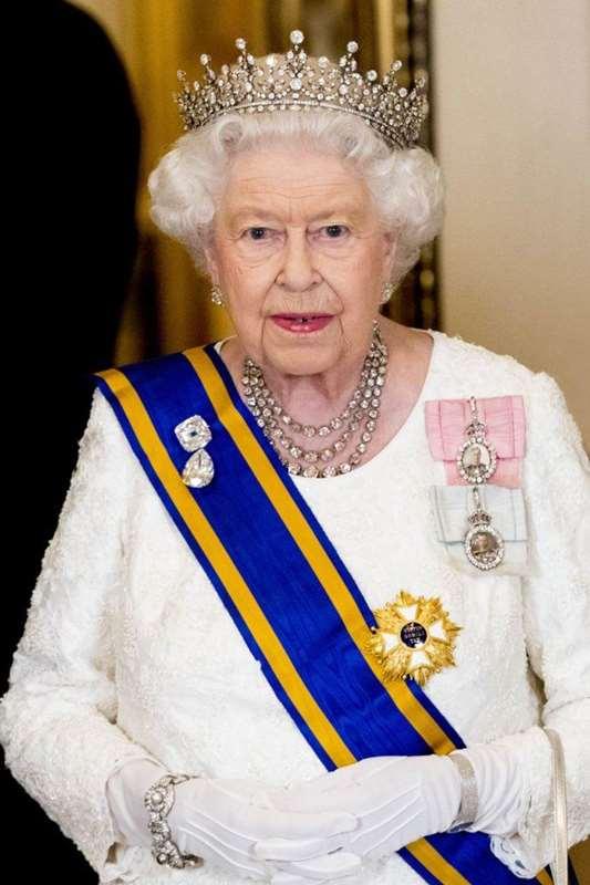 133388 Как проходит обычный день королевы: распорядок дня Елизаветы II